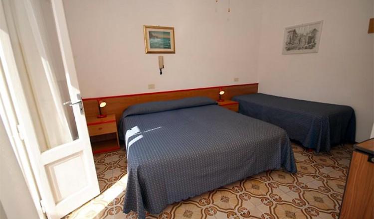 hotel-anselmi-09