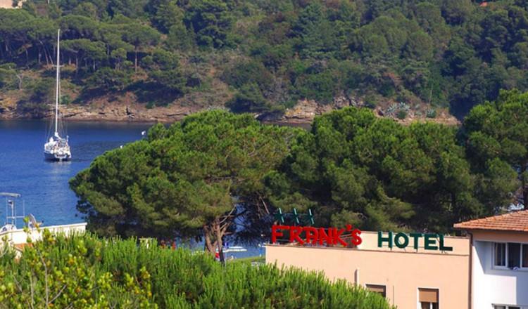 hotel-franks-09