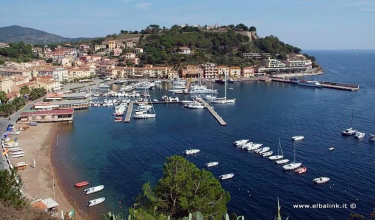 Porto Azzurro Insel Elba Malerisches Fischerdorf