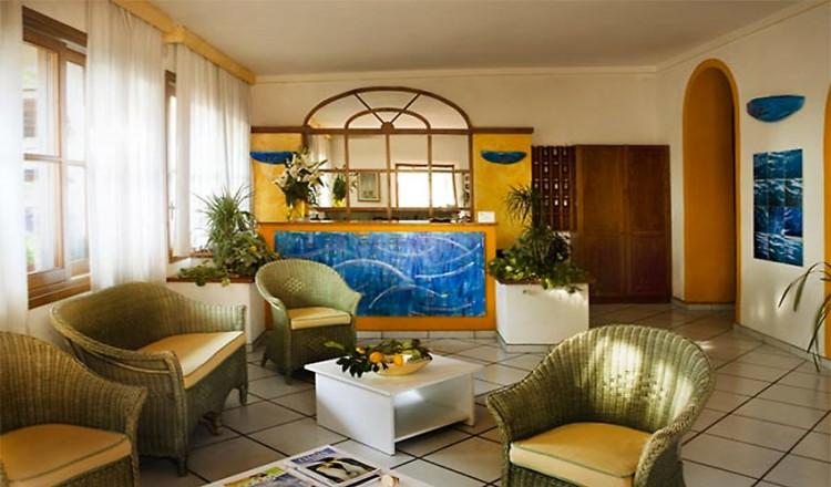 hotel-corallo-01