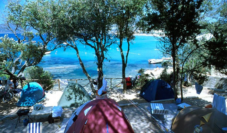 Camping village le calanchiole all 39 isola d 39 elba a capoliveri - Camping in toscana sul mare con piscina ...