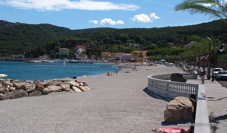 https://www.elbalink.it/wp-content/uploads/2015/02/spiaggia-del-cavo-05-750x440.jpg