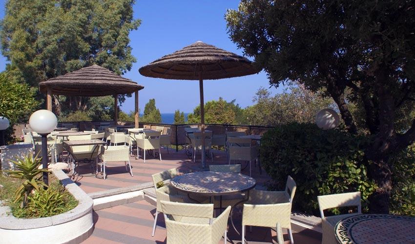 Desventaja Abreviar recoger  Hotel Perla del Golfo | Isola d'Elba | Spiaggia di Procchio